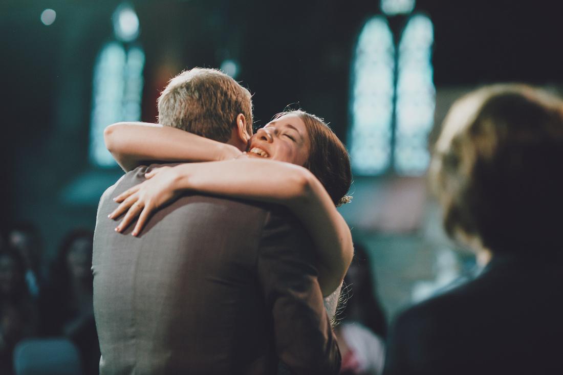 Cottiers Glasgow bride and groom hug