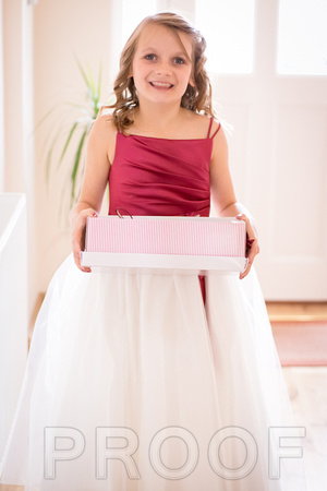 young bridesmaid with shoe box