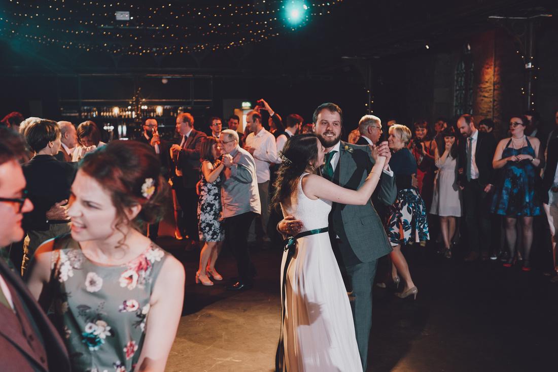 Cottiers Glasgow dancing