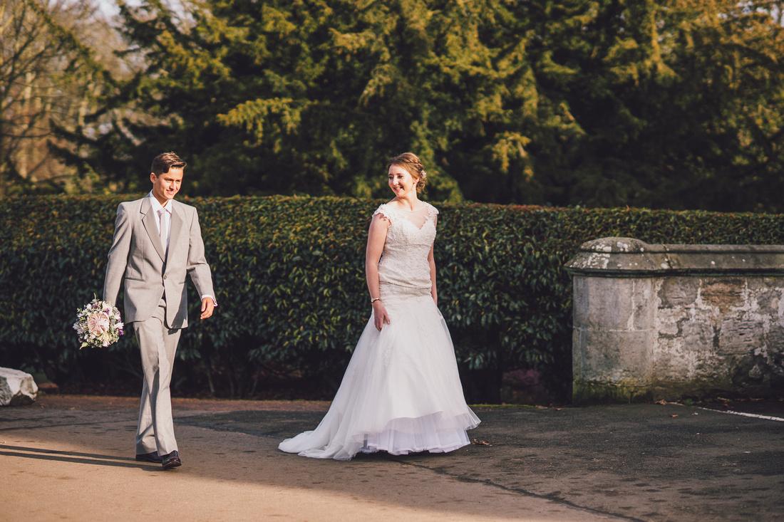 Bride arriving at Kilconquhar Castle