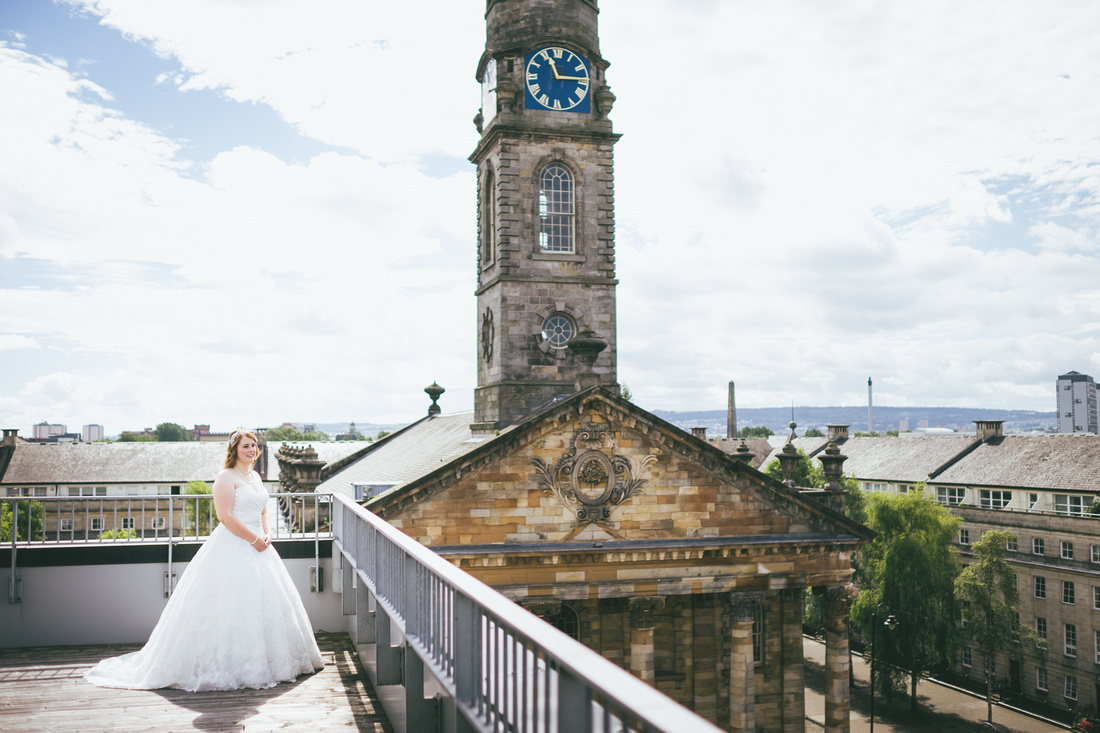 Bride at St Andrew's on the Square Penthouse Apartment landscape