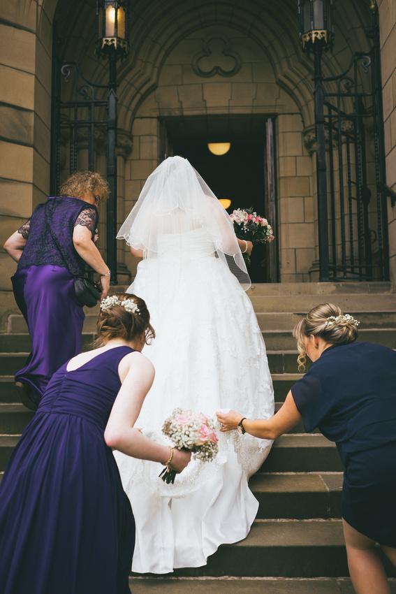 Arriving at Glasgow University Chapel