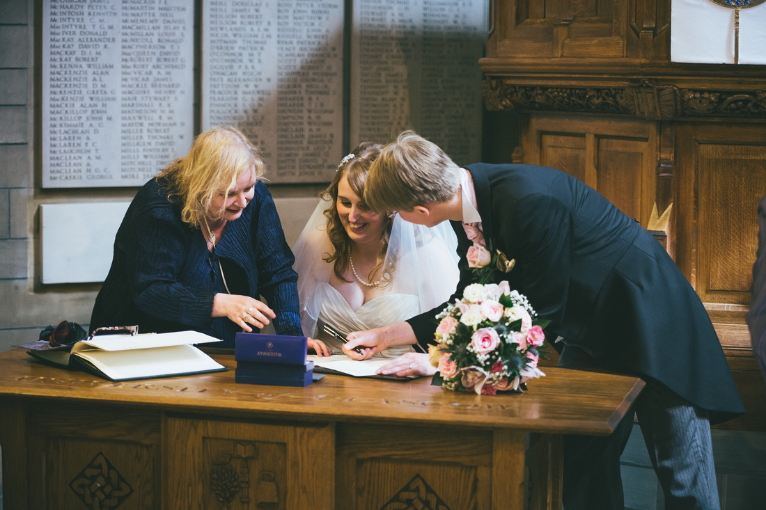 Signing the register at Glasgow University Chapel