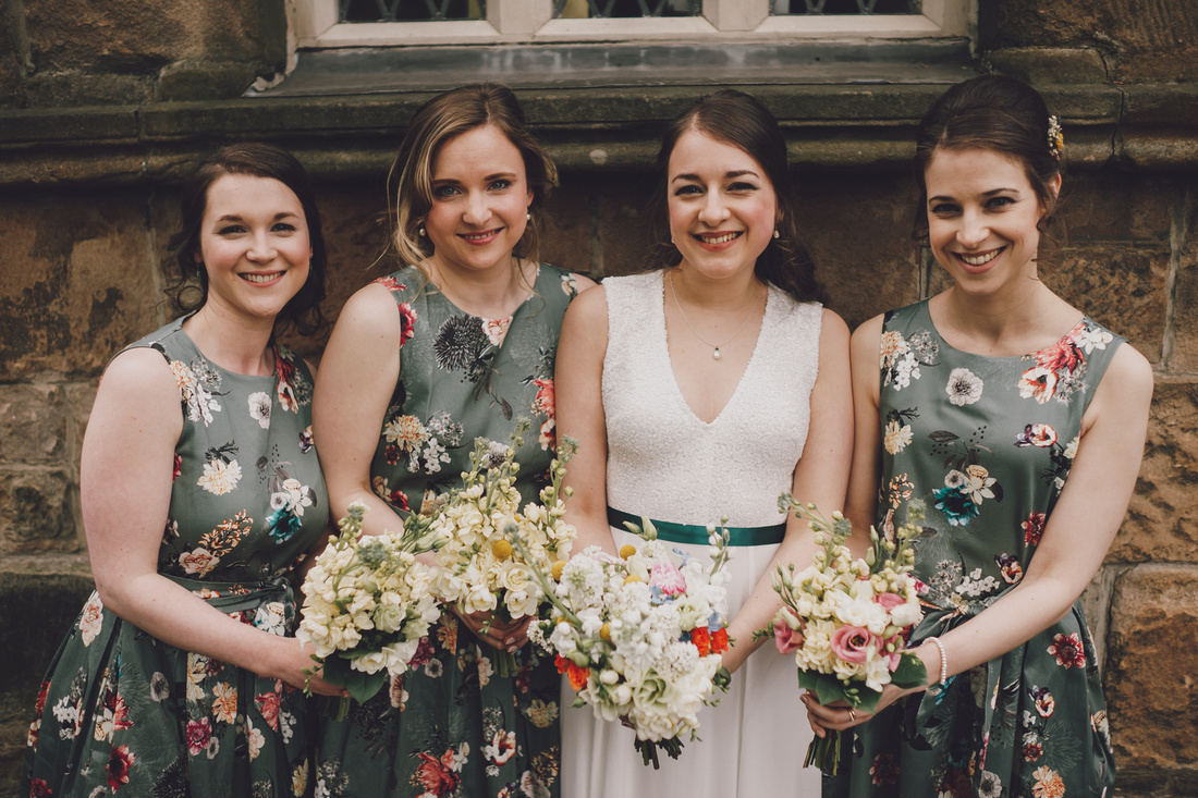 Cottiers Glasgow Bride and Bridesmaids